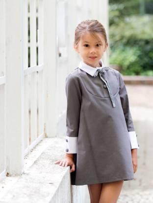 Vestido niña gris cuello y puños blancos de Eve Children | Aiana Larocca