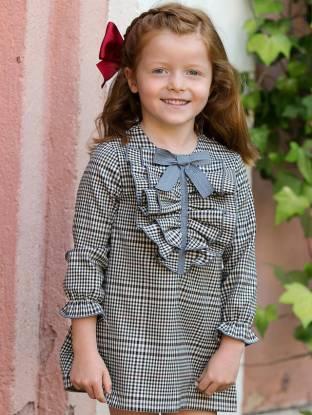 Vestido niña cuadros inglés volantes delante de Eve Children | Aiana Larocca