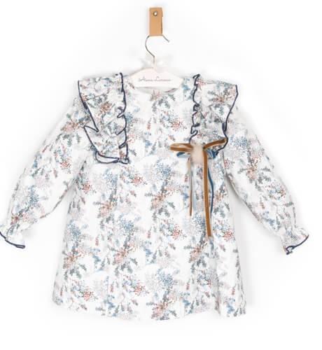 Vestido estampado marino con collar de Marta y Paula | Aiana Larocca