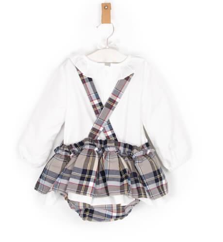 Pichi a cuadros con blusa de Blanca Valiente | Aiana Larocca