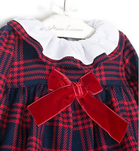 Jesusito bebe niña a cuadros marino y rojo de Valentina Bebes | Aiana Larocca