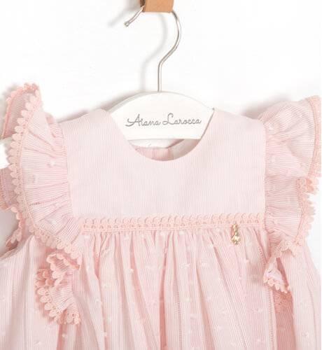 Vestido bebe rosa plumeti volantes hombro de Marta y Paula | Aiana Larocca