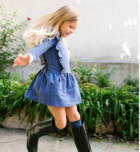 Vestido niña denim volantes de Ancar   Aiana Larocca