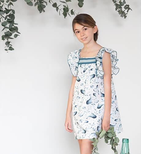 Vestido estampado azul delfines de Eve Children | Aiana Larocca