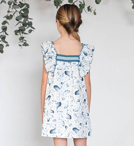 Vestido estampado azul delfines de Eve Children   Aiana Larocca