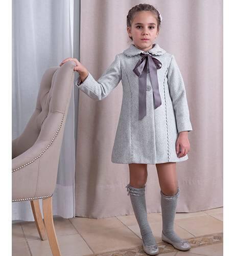 Abrigo evase gris lazo raso de Nekenia | Aiana Larocca