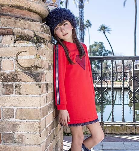 Vestido niña felpa corazón rojo puntilla marino de Nekenia | Aiana Larocca