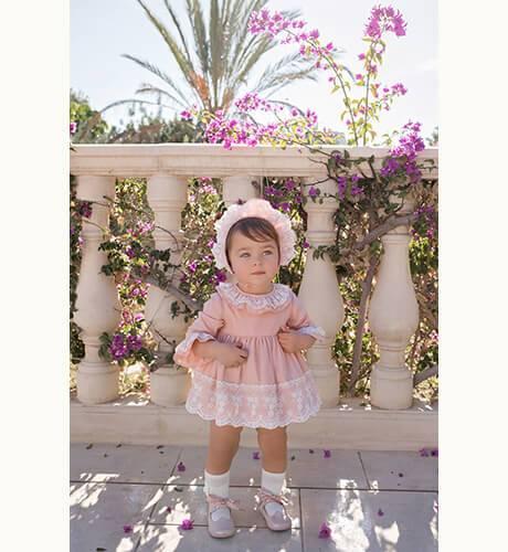 Jesusito rosa con tul bordado de Dolce Petit | Aiana Larocca
