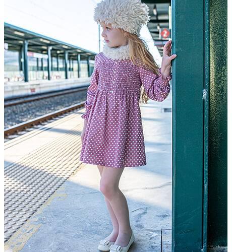 Vestido niña rosa corazoncitos de Vera by Nekenia | Aiana Larocca