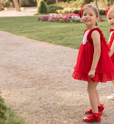 Vestido rojo talle alto evasé volantitos tirantes de Dolce Petit | Aiana Larocca