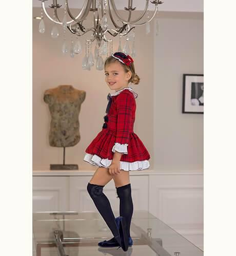 Vestido a cuadros rojo volantes blanco de Dolce Petit | Aiana Larocca