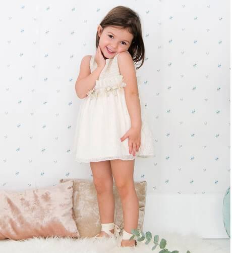 -NUEVO- Vestido niña crudo con pasamaneria de Rochy | Aiana Larocca