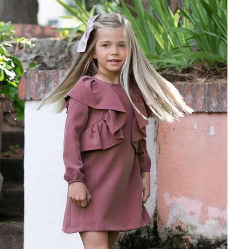 Vestido niña evasé rosa-malva volantes lateral de Eve Children   Aiana  Larocca 3eb35ce47e