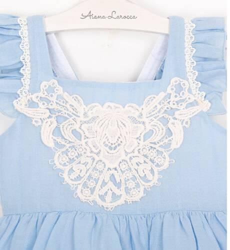 Vestido niña azul puntilla bordada Mon Petit Bonbon | Aiana Larocca