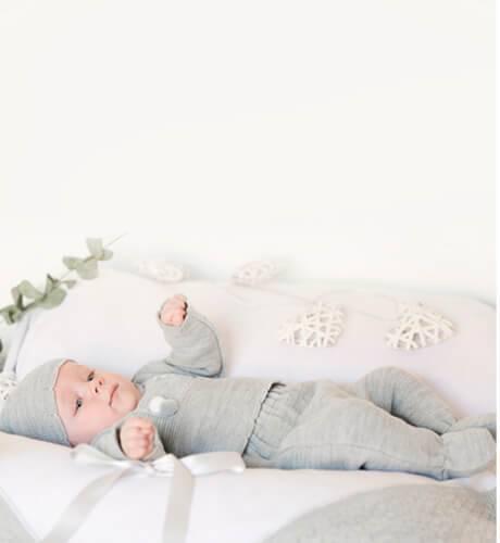 Mantita detalle gris para bebé | Aiana Larocca
