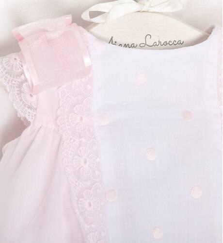 Jesusito rosa lacitos y puntilla con capota de Dolce Petit | Aiana Larocca