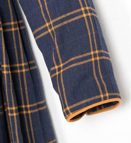 Vestido cuadros escocés marino y mostaza con capucha de Ancar   Aiana Larocca