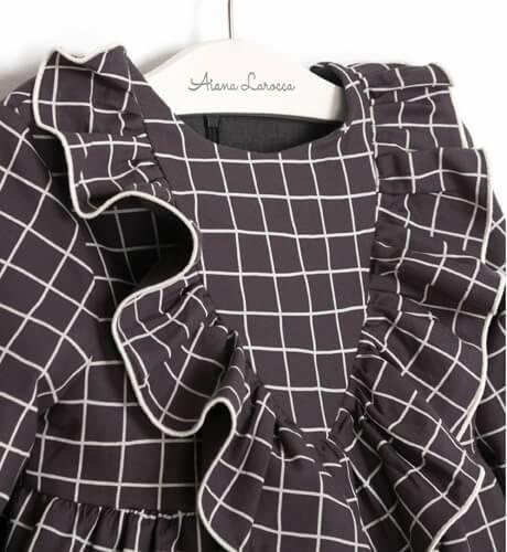 Vestido a cuadros gris de Eve Children | Aiana Larocca