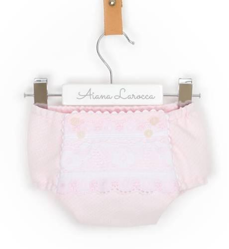 Jesusito bebe pique rosa con puntilla y capota de Dolce Petit | Aiana Larocca