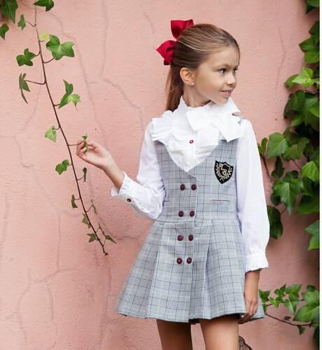 Conjunto pichi a cuadros ingles y camisa de Loan Bor | Aiana Larocca