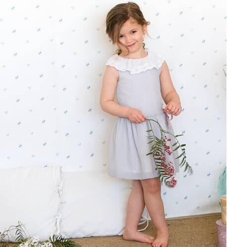 Vestido niña topitos grises de Fina Ejerique | Aiana Larocca