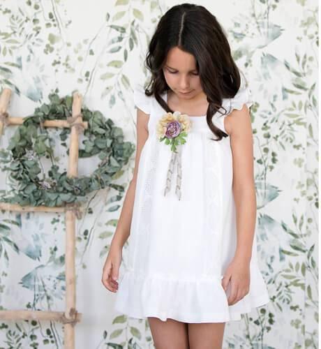 Vestido niña Panamá bordado de Rochy | Aiana Larocca
