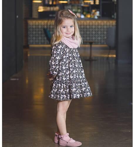 Vestido niña evasé estampado mariposas de Coco Acqua | Aiana Larocca