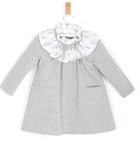 Vestido gris cuello volante de Ancar | Aiana Larocca