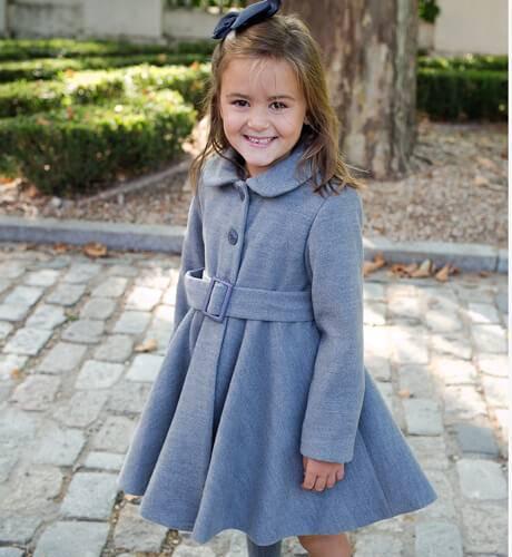 Abrigo niña muflon gris de Nekenia | Aiana Larocca