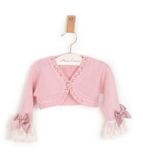 Chaquetita rosa con puntilla y lazo de Valentina bebés | Aiana Larocca