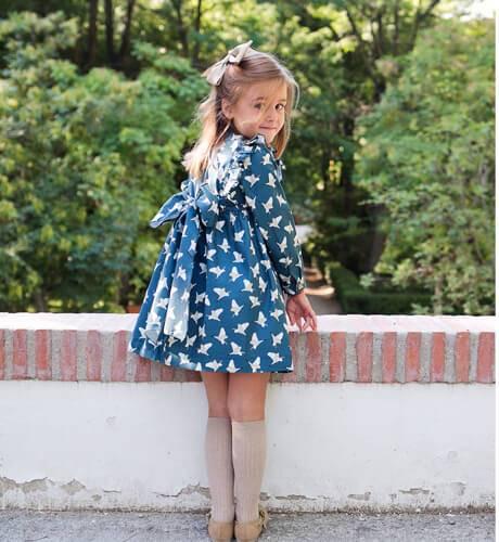 Vestido estampado azul grisáceo de Baby Yiro | Aiana Larocca