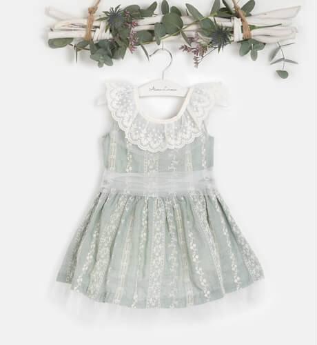 Vestido niña verde bordado de Nekenia | Aiana Larocca