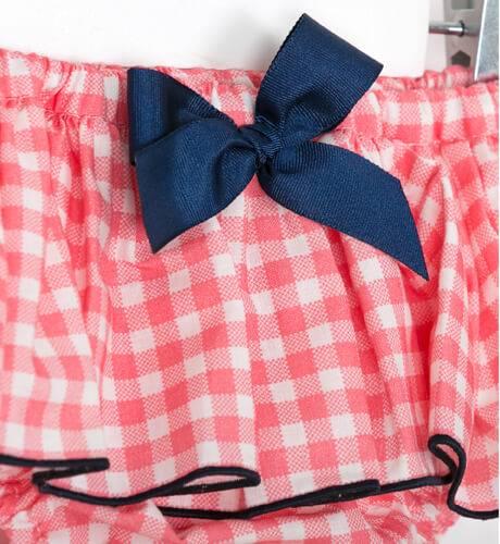 Conjunto bebé camiseta y braguita vichy rosa de Mon Petit Bonbón | Aiana Larocca