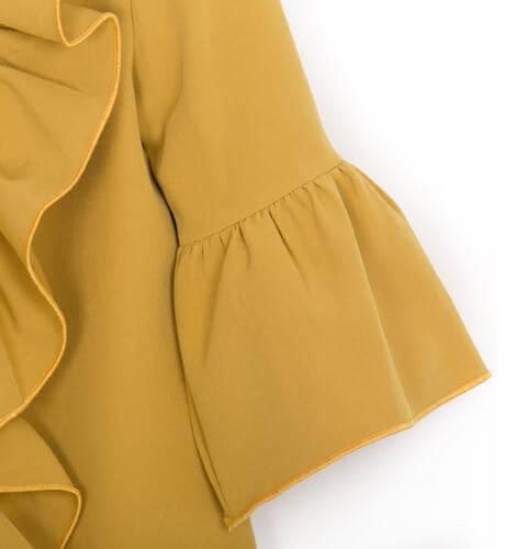 Vestido mostaza volante lateral de Eve Children | Aiana Larocca