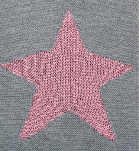 Jersey punto gris con estrella de César Blanco   Aiana Larocca