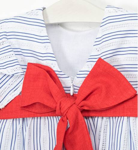 Vestido niña a rayas azul lazo rojo de Nekenia   Aiana Larocca