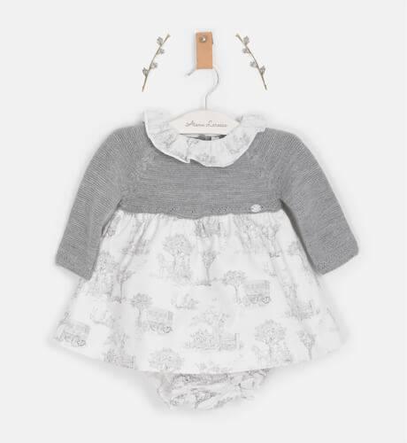 Jesusito bebé combinado con punto gris de Martín Aranda | Aiana Larocca