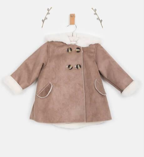 Abrigo Pelliza con capucha color piedra de Valentina Bebés | Aiana Larocca