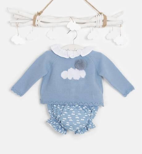 Conjunto bebe jersey azul empolvado y braguita nubes de Micolino | Aiana Larocca