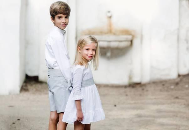Conjunto niño ceremonia pantalón gris camisa blanca | Aiana Larocca