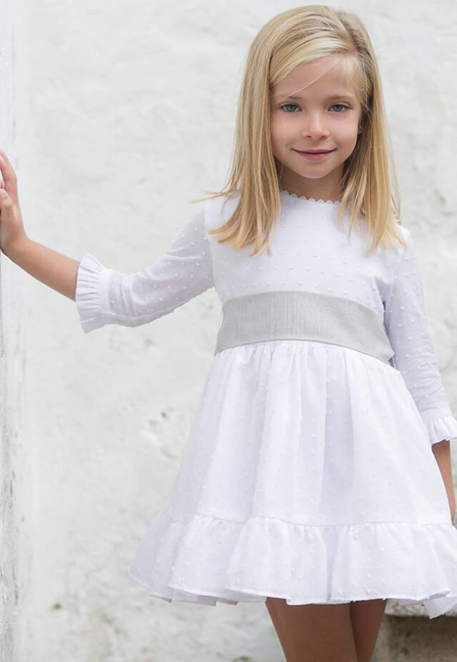 Vestido niña plumeti blanco lazada gris | Aiana Larocca