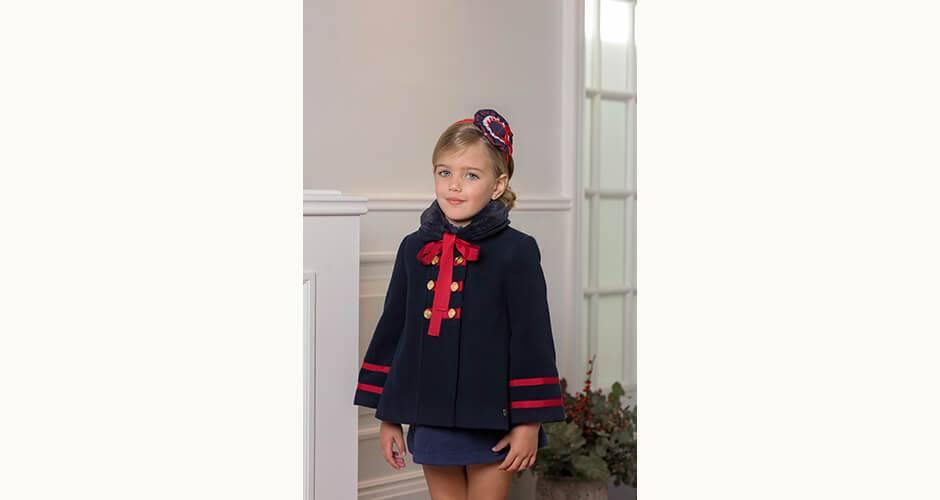Capa niña marino con cinta roja de Dolce Petit | Aiana Larocca