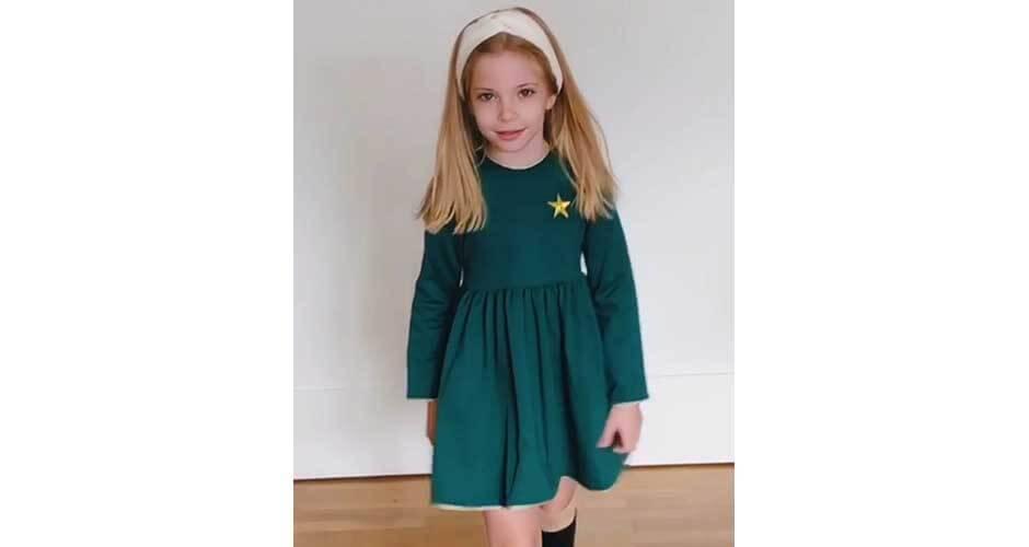 Vestido verde estrella dorada de Mon Petit Bonbon | Aiana Larocca