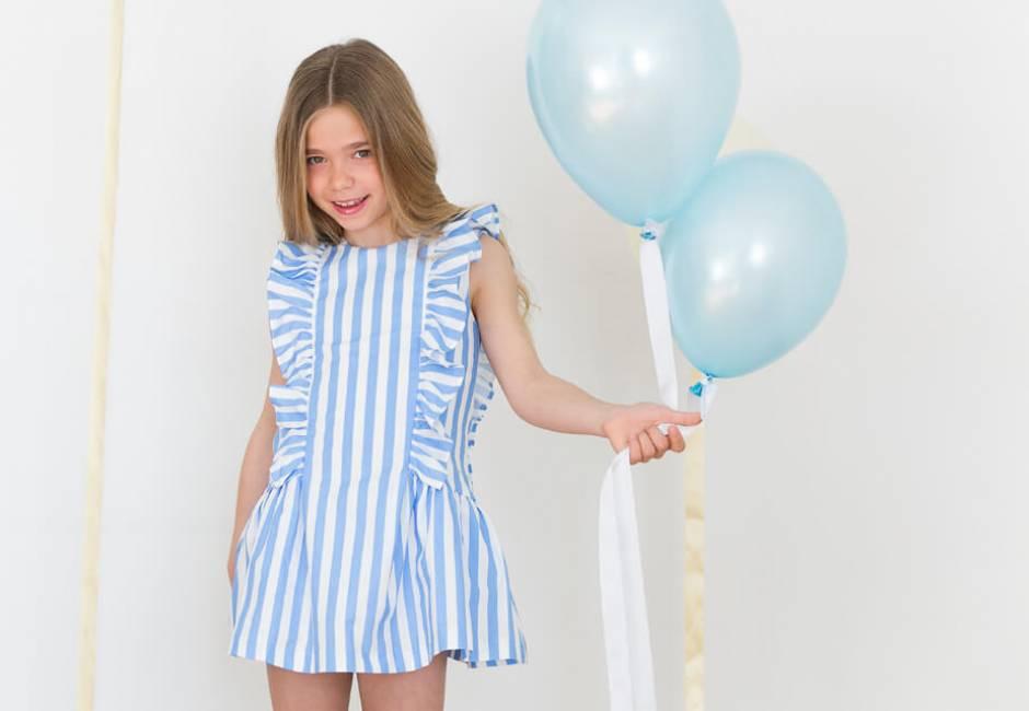 Vestido niña a rayas azul escote corazón de Marta y Paula   Aiana Larocca