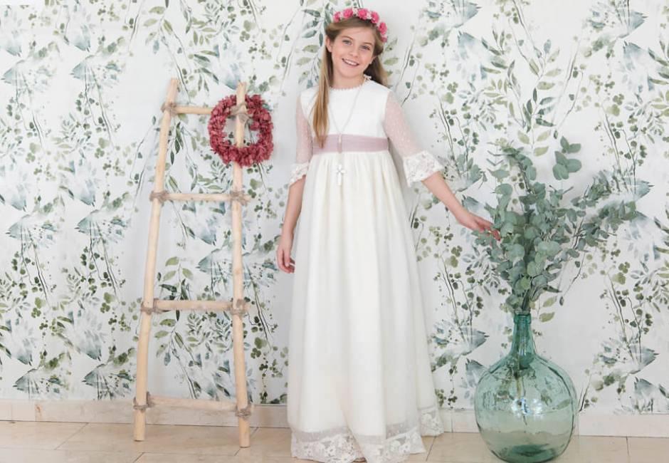 Vestido Niña Comunión Tul Plumeti Lazada Rosa | Aiana Larocca