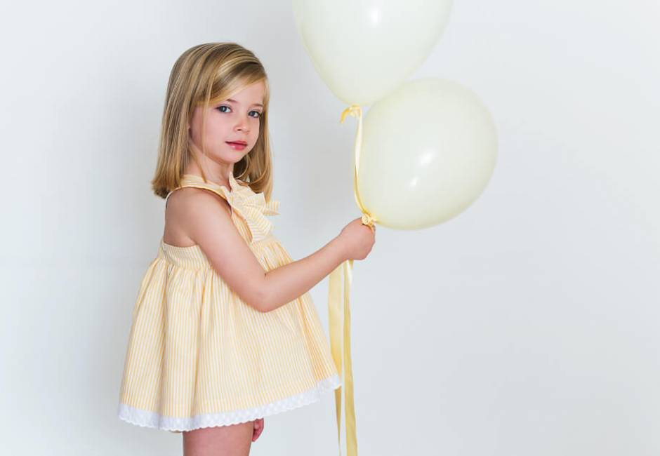 Jesusito a rayas amarillo de Blanca Valiente | Aiana Larocca