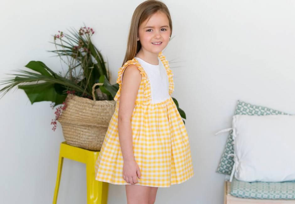 Vestido niña vichy amarillo de Blanca Valiente | Aiana Larocca